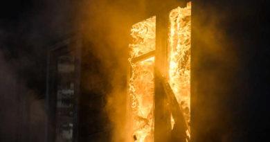 Ребенок и трое взрослых пострадали при пожаре