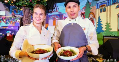 В Челябинске на журналистском кулинарном поединке съели гуся и утку по-пекински